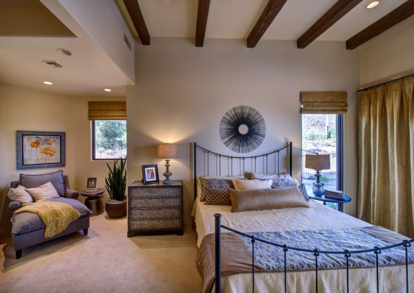bedroom decorating ideas and designs Remodels Photos Liz Ryan Design Tucson Tucson United States transitional-bedroom-002