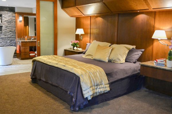 bedroom decorating ideas and designs Remodels Photos Lori Wiles Design Cedar Rapids Iowa United States contemporary-bedroom