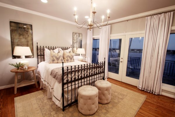 bedroom decorating ideas and designs Remodels Photos Marie Flanigan Interiors Houston Texas United States traditional-bedroom-001