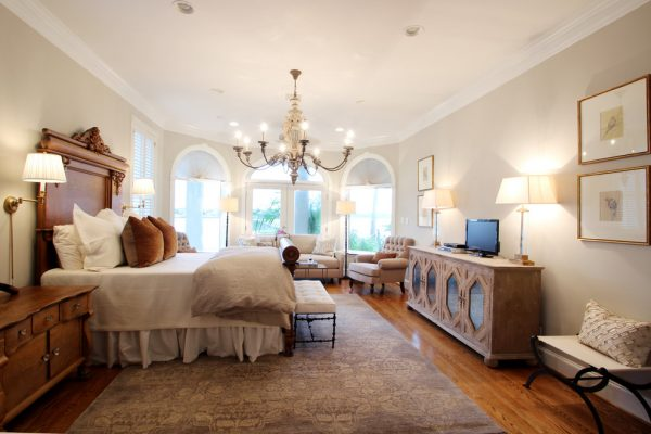 bedroom decorating ideas and designs Remodels Photos Marie Flanigan Interiors Houston Texas United States traditional-bedroom-004