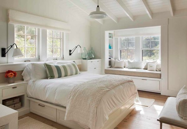 bedroom decorating ideas and designs Remodels Photos Martha's Vineyard Interior Design Massachusetts United States beach-style-bedroom-001