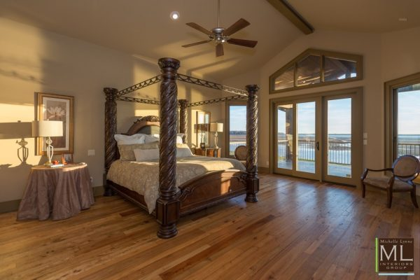 bedroom decorating ideas and designs Remodels Photos Michelle Lynne INTERIORS Group Addison Texas United States traditional-bedroom-001