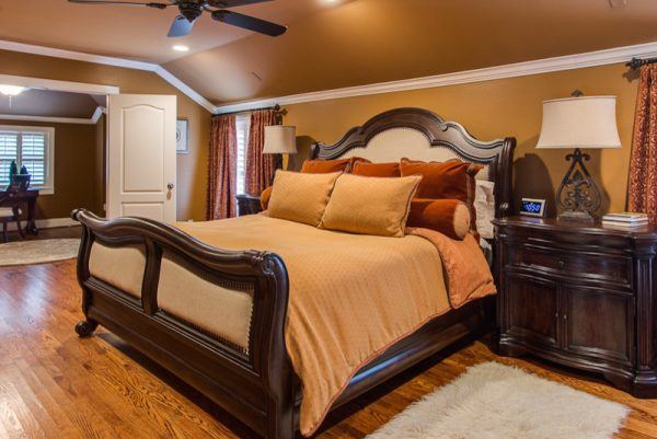 bedroom decorating ideas and designs Remodels Photos Michelle Lynne INTERIORS Group Addison Texas United States traditional-bedroom-002