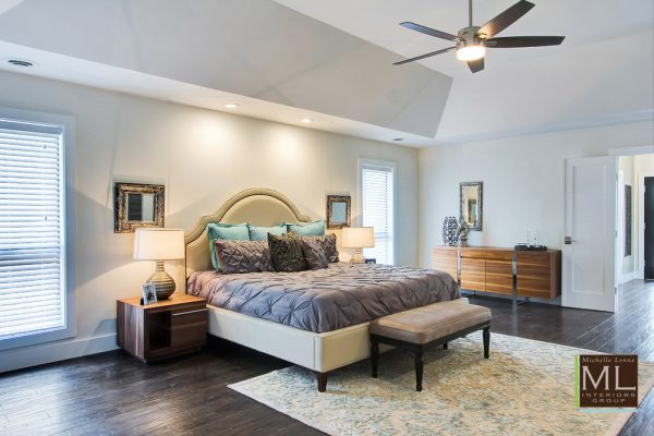 bedroom decorating ideas and designs Remodels Photos Michelle Lynne INTERIORS Group Addison Texas United States transitional-002