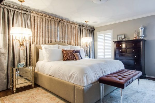 bedroom decorating ideas and designs Remodels Photos Michelle Lynne INTERIORS Group Addison Texas United States transitional-bedroom-002