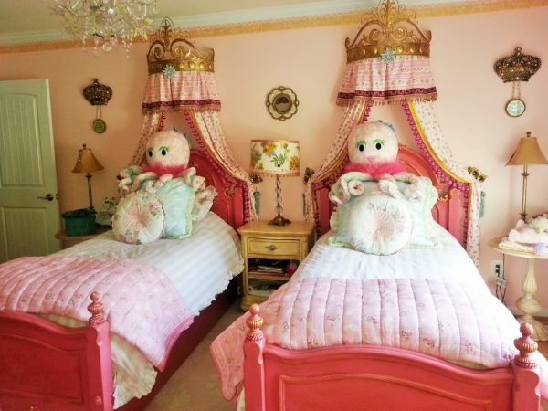 bedroom decorating ideas and designs Remodels Photos Mint Decor Inc. Miami Florida United States traditional-kids-001