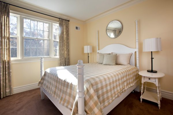 bedroom decorating ideas and designs Remodels Photos Neela Woodard Design, LLC Burbank California United States traditional-bedroom