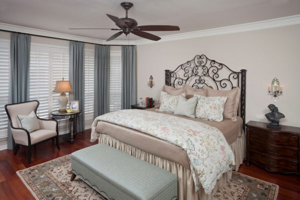 bedroom decorating ideas and designs Remodels Photos Nicole Arnold Interiors Dallas Texas United States transitional-bedroom-006