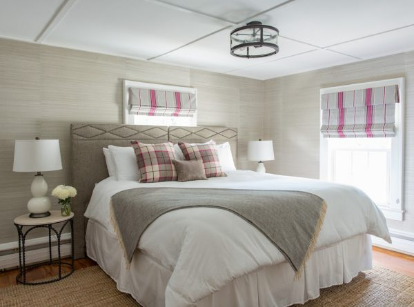 bedroom decorating ideas and designs Remodels Photos North Fork Design Co. Boxford Massachusetts United States farmhouse-bedroom-002
