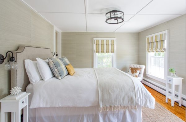 bedroom decorating ideas and designs Remodels Photos North Fork Design Co. Boxford Massachusetts United States farmhouse-bedroom