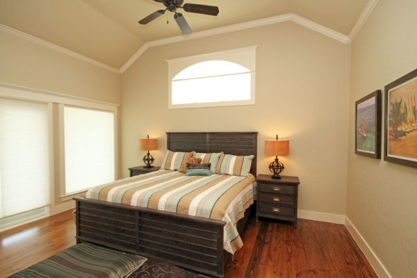 bedroom decorating ideas and designs Remodels Photos Pamela Hope Designs Houston Texas United States traditional-bedroom-002