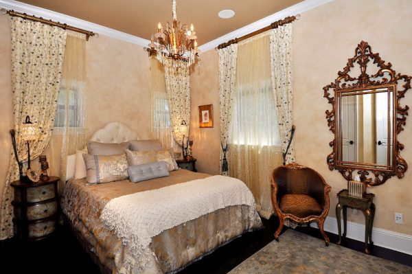 bedroom decorating ideas and designs Remodels Photos Paris Flea Tampa Florida United States traditional-bedroom-001