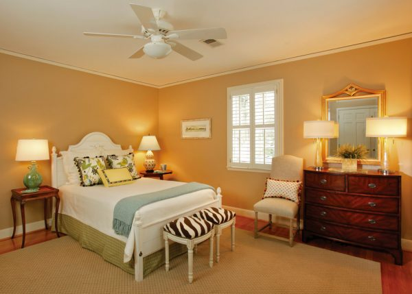 bedroom decorating ideas and designs Remodels Photos Pulliam Morris Interiors Columbia South Carolina United States traditional-bedroom-003