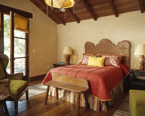 bedroom decorating ideas and designs Remodels Photos ScavulloDesign Interiors San Francisco California United States southwestern-bedroom