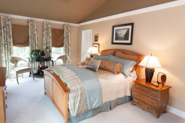 bedroom decorating ideas and designs Remodels Photos Signature Design Interiors Herndon Virginia United States traditional-bedroom