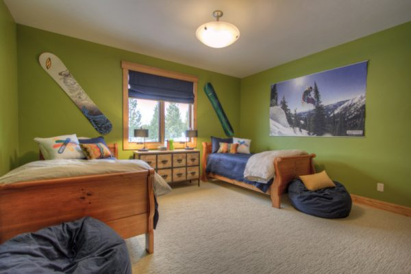 bedroom decorating ideas and designs Remodels Photos Tatom Design LLC Big Sky Montana United States modern-bedroom