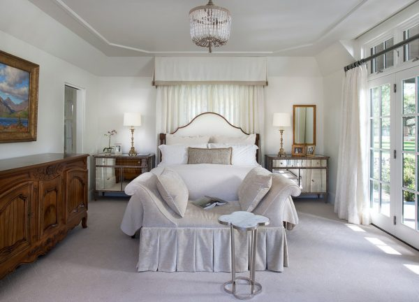 bedroom decorating ideas and designs Remodels Photos Vallone Design Scottsdale Arizona United States traditional-bedroom