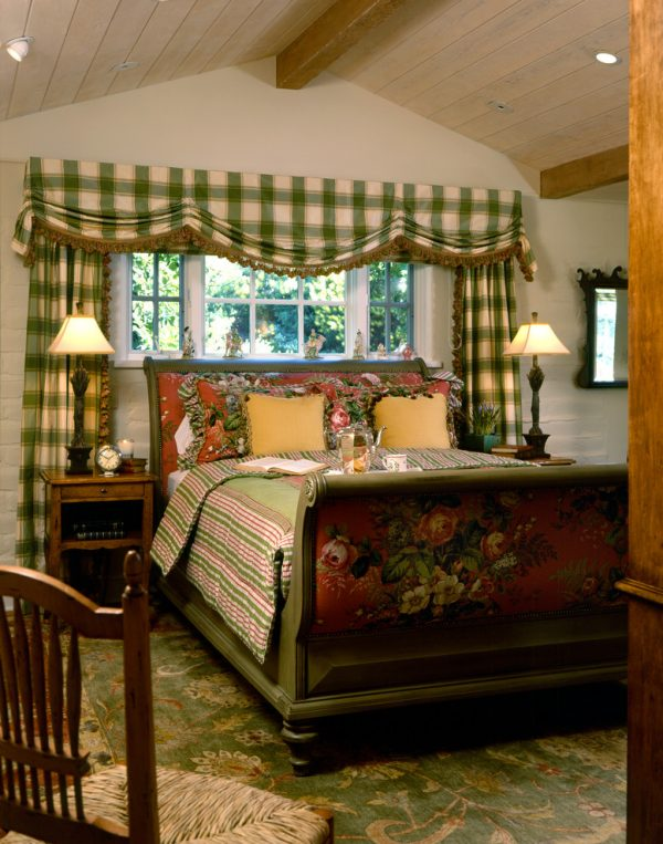 bedroom decorating ideas and designs Remodels Photos Viscusi Elson Interior Design - Gina Viscusi Elson traditional-bedroom