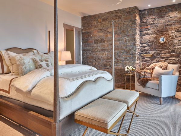 bedroom decorating ideas and designs Remodels Photos WRJ Design Jackson Wyoming United States contemporary-bedroom-001