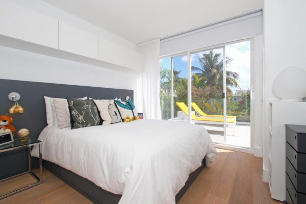 bedroom decorating ideas and designs Remodels Photo AGSIA DESIGN GROUP North Miami Beach Florida United States modern-bedroom