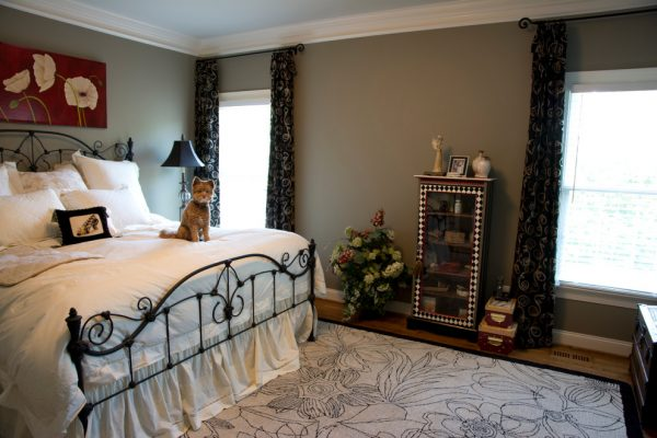 bedroom decorating ideas and designs Remodels Photo Marta Mitchell Interior Design Greensboro North Carolina United States traditional-bedroom-002