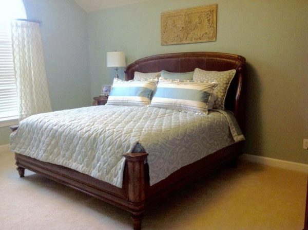bedroom decorating ideas and designs Remodels Photo Roberta Frank Designs Inc. Apex North Carolina United States traditional-bedroom-001