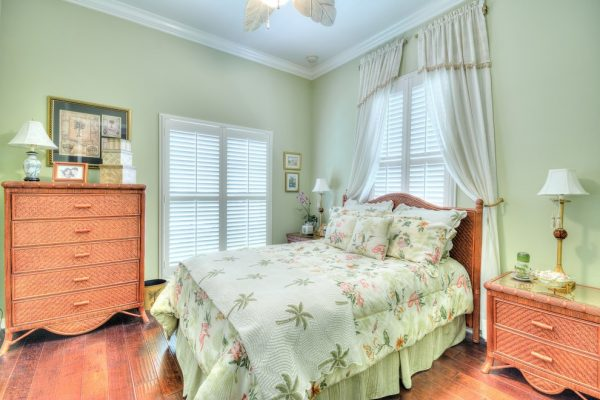 bedroom decorating ideas and designs Remodels Photos Angie Schwab Interiors LLC Middleton Wisconsin United States tropical-bedroom