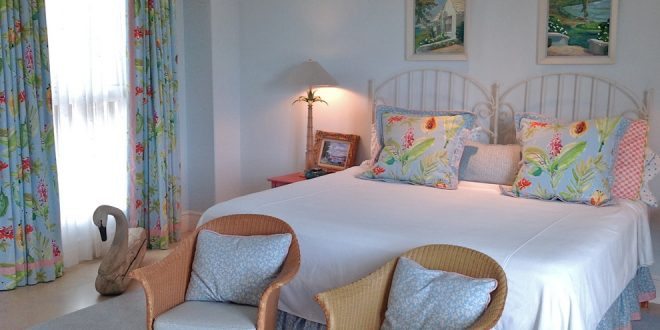 bedroom decorating ideas and designs Remodels Photos Cathleen B. Swift Design, LLC Estero Florida United States beach-style-001
