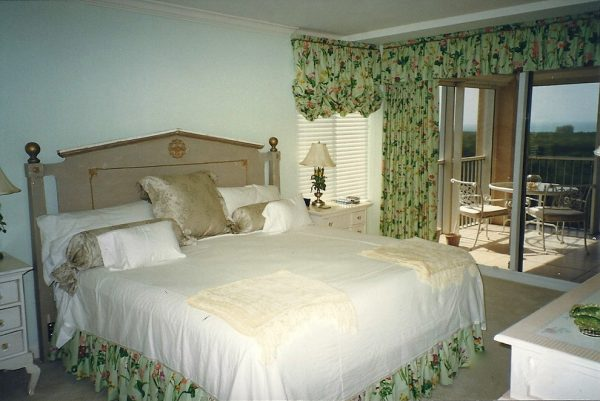 bedroom decorating ideas and designs Remodels Photos Cathleen B. Swift Design, LLC Estero Florida United States beach-style-bedroom-003