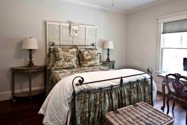bedroom decorating ideas and designs Remodels Photos Cedar Hill Interiors, LLC Houston Texas United States traditional-bedroom-002
