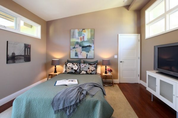 bedroom decorating ideas and designs Remodels Photos GoGo Creations Millbrae California United States contemporary-bedroom
