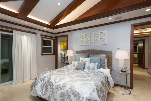 bedroom decorating ideas and designs Remodels Photos INOUYE I N T E R I O R S Hawaii United States eclectic