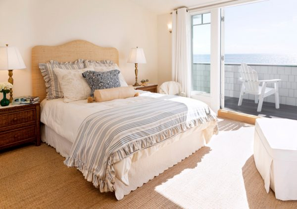 bedroom decorating ideas and designs Remodels Photos Laura Larkin Interiors San Rafael California United States beach-style-bedroom-001