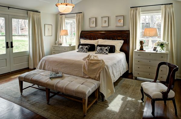 bedroom decorating ideas and designs Remodels Photos Lisa Smith Interiors Bloomington Indiana United States traditional-bedroom