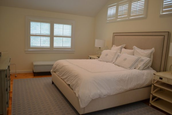 bedroom decorating ideas and designs Remodels Photos Shannon Willey Southampton New York United States beach-style