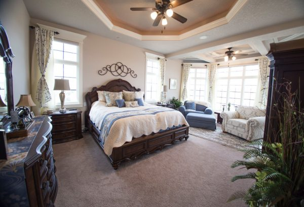 bedroom decorating ideas and designs Remodels Photos Slick Designs AnkenyIowa United States traditional-bedroom-002