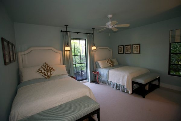 bedroom decorating ideas and designs Remodels Photos Terra Maria Home Interiors GlenwoodMaryland United States beach-style-bedroom-003