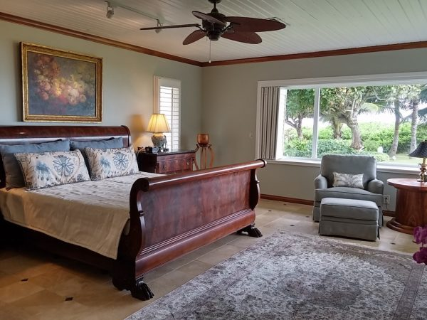 bedroom decorating ideas and designs Remodels Photos Trans-Pacific DesignSusan J.Moss ASID Kamuela Hawaii United States transitional