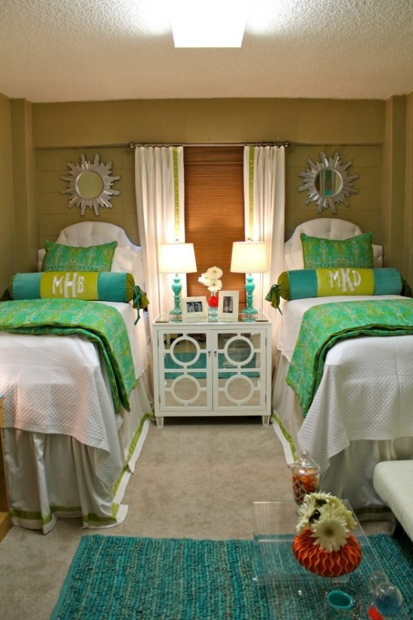 Bedroom Decorating And Designs By After Five Designs