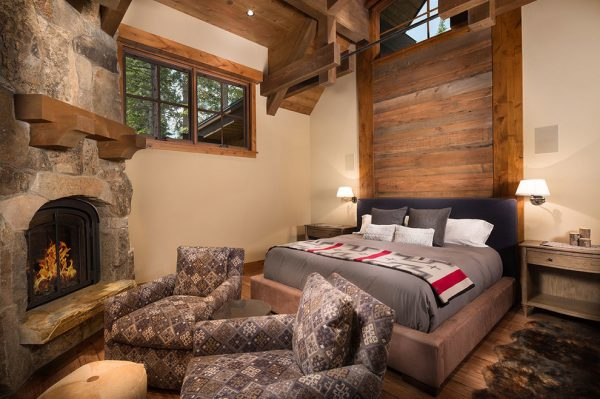bedroom decorating ideas and designs Remodels Photos Aspen Leaf Interiors, LLC Truckee California United States rustic-bedroom-001