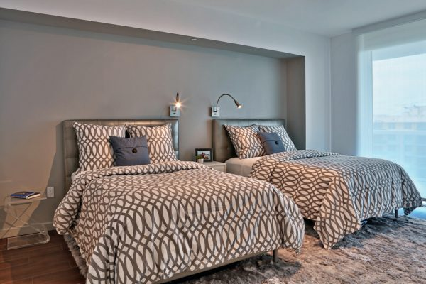 bedroom decorating ideas and designs Remodels Photos CAHLIN DESIGN GROUP Coconut Grove Florida United States modern-bedroom-1