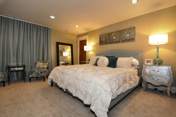 bedroom decorating ideas and designs Remodels Photos Calla Lily Designs LLC Puyallup Washington United States traditional-bedroom