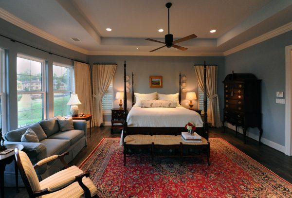 bedroom decorating ideas and designs Remodels Photos Debra Villeneuve Interiors Houston Texas United States traditional-bedroom-001