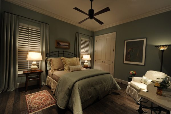 bedroom decorating ideas and designs Remodels Photos Debra Villeneuve Interiors Houston Texas United States traditional-bedroom