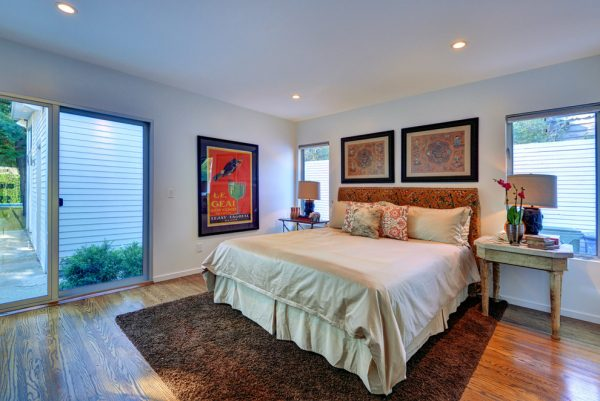 bedroom decorating ideas and designs Remodels Photos Doug Wiand Design Interiors Los Angeles California United States transitional-bedroom