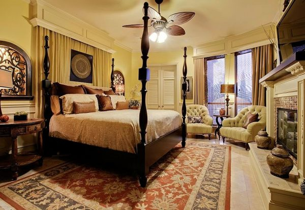 bedroom decorating ideas and designs Remodels Photos Elaine Williamson Designs Dallas Texas United States traditional-bedroom-001