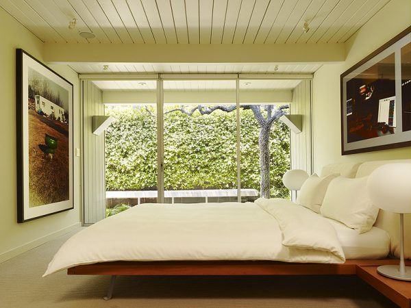 bedroom decorating ideas and designs Remodels Photos Gary Hutton Design San Francisco California United States midcentury-bedroom