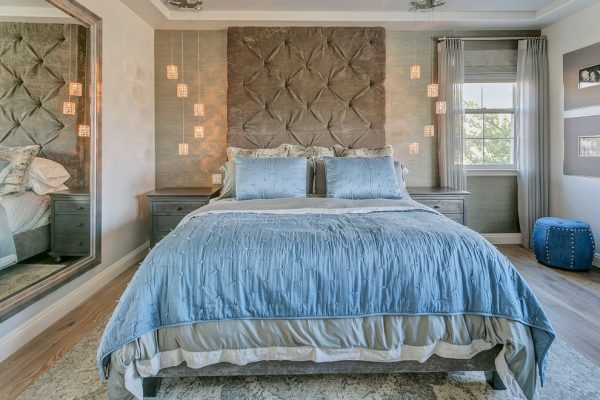 bedroom decorating ideas and designs Remodels Photos Jami Abbadessa La Verne California United States contemporary-bedroom-001