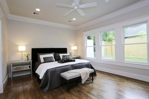 bedroom decorating ideas and designs Remodels Photos Jamie House Design Houston Texas United States craftsman-bedroom-001