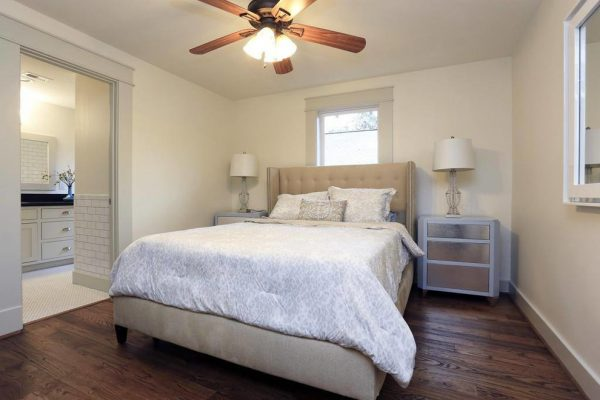 bedroom decorating ideas and designs Remodels Photos Jamie House Design Houston Texas United States craftsman-bedroom